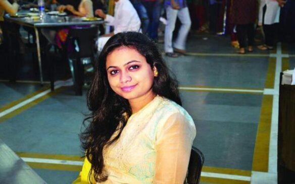 IIM की इस छात्रा ने लाखों की नौकरी छोड़ कर अपने अनोखे स्कूल के जरिए समाज में शिक्षा की अलख जगा रही