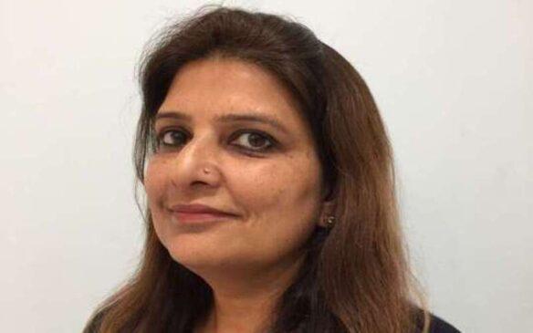 MBA ग्रेजुएट महिला ने पिता की खेती संभाली और घर पर ही जैविक उत्पाद प्रोसेस कर बाजार में पहुंचा रही