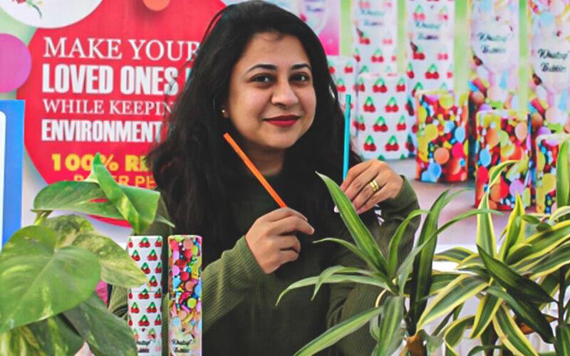 दिल्ली का यह स्टार्टअप रिसाइकल अखबार से पेंसिल बनाने का काम कर रहा है