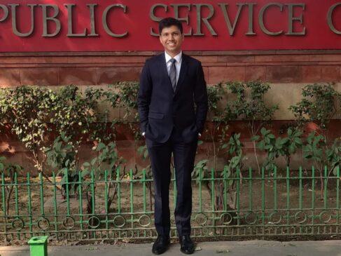 Divyanshu Singal UPSC Success story in Hindi